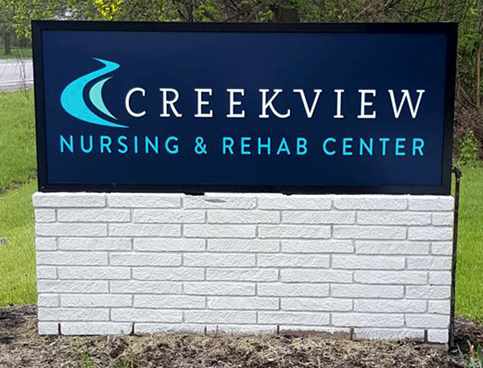 creekview-business-sign